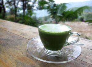 Green Tea - Botanical Medicine for Summer Wellness